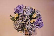 Money Bouquet by La Belle Vie flower