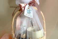 Hampers Manyue by Moria Invitation
