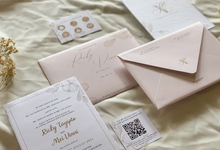 Ricky & Vinni's Wedding Invitation by Moria Invitation