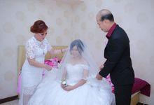 Samuel & Diana Morning Preparation by Impressions Wedding Organizer