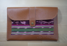 TENUN POUCH FOR AYU AND HENGKI by Tjenda Gift
