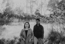 Prewedding Yeti & Fajar by Mecha Photo