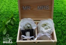 Couple Wedding Ring Box by Fashion Pillow Weds