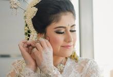 Garden Themed Wedding of Wila & Gadri by Mutiara Garuda Catering