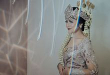 SUNDANESE RECEPTION OF MUTIARA & MARENDRA by  Menara Mandiri by IKK Wedding (ex. Plaza Bapindo)
