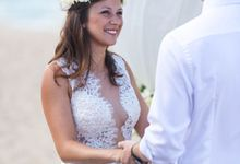 Beach Wedding of Max & Veronika by Gyver Chang Photography