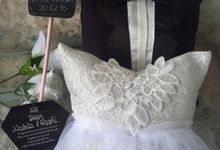 Classic Wedding Pillow for Nabila Syakieb & Reshwara A. Radinal by Fashion Pillow Weds
