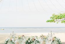 Blushing  Colors Wedding Dinner by Bali Izatta Wedding Planner & Wedding Florist Decorator