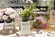 Fleur de lis by Voilawish Party Designer