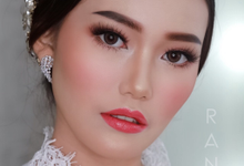 Wedding makeup and hairdo by Natcha Makeup Studio
