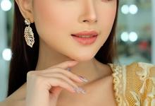 Thailand makeup look  by Natcha Makeup Studio