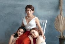 Family portrait  by Nathanya.cia
