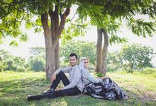 Nay and Dedy by Kite Creative Pictures
