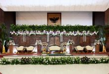 ayu awen & arief wedding decoration by Our Wedding & Event Organizer