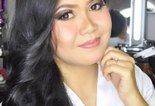 Make up by NengJulia_MUA
