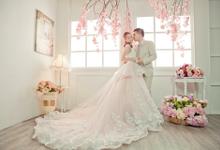 Pre wedding photo shoot  by NEW MONALISA PHOTO STUDIO