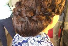 WEDDING HAIR by Nizia MakeUp Artist