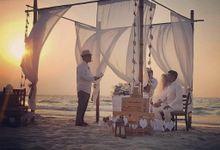 Beach DIY Wedding by Jf