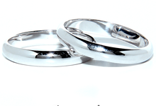 Gold Wedding Rings by Ocampo's Fine Jewellery