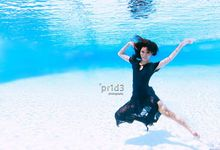 Underwater Pre Wedding Shoot by Beautistylebykoreen