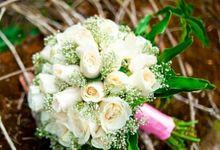 Bridal Bouquet by Ananda Yoga Organizer