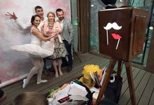 Retro Booth by OMG! Photo Booth
