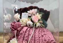 Wedding Tray for Sarah & Ryan by oneplusoneprojekt