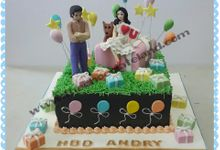 Couple cake by The Chocolate Land