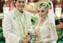WEDDING CEREMONY KEBAYA MODERN / TRADISIONAL by DELMORA
