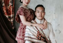 Avina & Alex Pre-Wedding Session by SVARNA by IKAT Indonesia Didiet Maulana