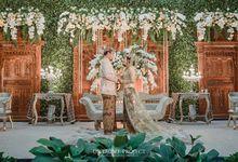 EAST MEET WEST JAVANESE Wedding Demia & Arsy by GHAISANIYARA WEDDING