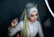THE WEDDING OF IIN & SANGGI by Velle Marry Photography