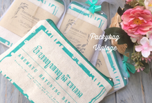 Tea & Arya Wedding  by Packy Bag Vintage