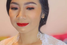 Akad Make Up k' Ayu by Pangestwury MakeOver