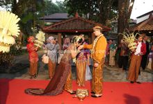 Tradisional Wedding by Raddin Wedding