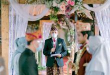 The Wedding of Radir & Arin by Akbar Widigdo