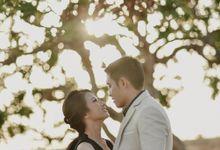 Prewedding of Yonathan & Stefanny by Brushedbyit
