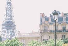 Elopement in Paris by Elias Kordelakos