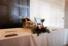 Reception table and photo album table with signage by Patson Decor