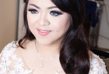 Wedding of ratna ayu by Paula make-up artist