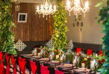 Red Green Dinner Set Up by CITTA Wedding