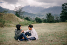 Couple session of Nita + Fajar by PECULIAR CREATIVE