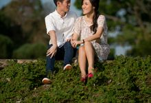 Engagement Session of Peiqi and Yanhong in Greenery Singapore Prewedding and Engagement Session Photoshoot by oolphoto