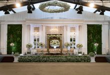 Grand Colonial by MawarPrada Wedding Decoration