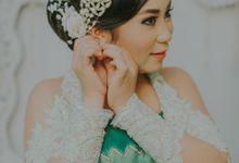 Anna & Harsa Pernikahan Tradisional Jawa by Le Motion
