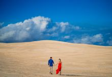 Lancelin Pre Wedding Photoshoot by Jacob Gordon Photography