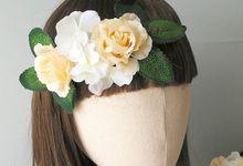 Flowercrown by Yoanamarrie   Headpiece & More