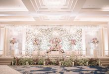 COMPILATION OF WEDDING STAGE DECOR by  Menara Mandiri by IKK Wedding (ex. Plaza Bapindo)