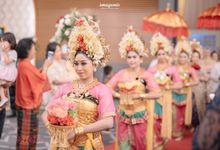 Compilation of Balinese Wedding at 9th and 10th Floor by  Menara Mandiri by IKK Wedding (ex. Plaza Bapindo)