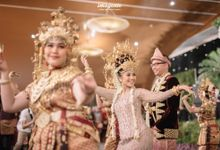 Palembangnese Reception of Cinintya & Emir by  Menara Mandiri by IKK Wedding (ex. Plaza Bapindo)